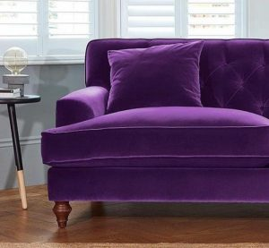 تمیز کزدن مبل مخمل در منزل