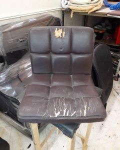 تعویض روکش صندلی چرم به پارچه 2